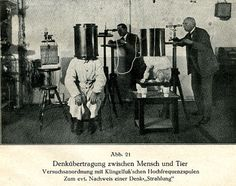 In this telepathy experiment between human and dog Karl Krall (on the right) tried to detect the thinking radiation he assumed to flow between the two.