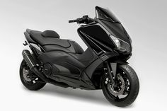 TMAX-530-BLACK-EDITION-BCD-DESIGN-1