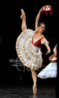 Shoko Nakamura in La Esmeralda.  Photo (c) Enrico Nawrath.