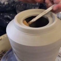 pottery ideas wheel thrown & pottery no wheel ` pottery wheel ` wheel thrown pottery ` pottery ideas wheel thrown ` pottery wheel videos ` diy pottery wheel ` ceramic pottery wheel ` pottery wheel projects Hand Built Pottery, Slab Pottery, Pottery Mugs, Pottery Bowls, Ceramic Pottery, Pottery Art, Pottery Studio, Ceramic Techniques, Pottery Techniques