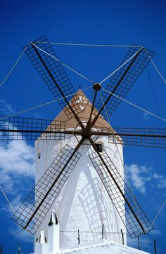 a restored windmill outside es mercadal Menorca Great Places, Places To See, Ciutadella Menorca, Places Around The World, Around The Worlds, Ibiza Formentera, Balearic Islands, Beautiful Castles, Majorca