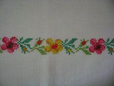 ince kolay çiçekli kanaviçe