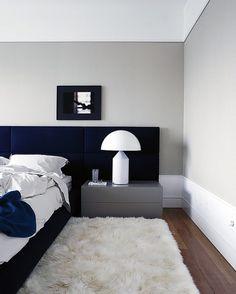 Bedroom |  Minimalist... Detalhe para o rodapé.  (Projeto Guilherme Torres)