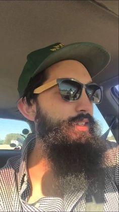 The Crazy Thing About Video Wayfarer, Ray Bans, Mens Sunglasses, Content, Style, Fashion, Moda, Man Sunglasses, Stylus