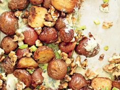 "15 New Flat Belly Diet Recipes: Roasted Potatoes with Blue Cheese-Walnut ""Butter"" http://www.prevention.com/weight-loss/flat-belly-diet/flat-belly-diet-recipes-help-you-lose-belly-fat?s=9"