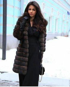 Furs! (Posts tagged alena) Gloves Fashion, Fur Fashion, Couture Fashion, Style Fashion, Sable Fur Coat, Fox Fur Coat, Chic Outfits, Classy Outfits, Fabulous Furs