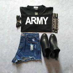 Black Contrast Sheer Mesh Yoke ARMY Print T-Shirt-SheIn