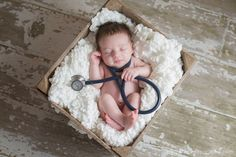 when daddy or mommy is a doctor. fun newborn photography ideas.  www.helenjohnphotography.com