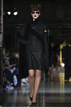 Gareth Pugh Fall/Winter 2016-2017 #London Fashion Week