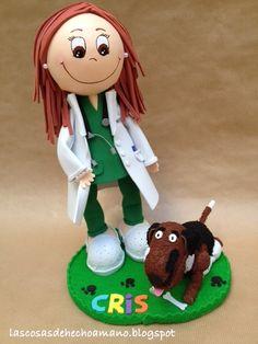 Fofucha veterinaria, con perro incluido http://lascosasdehechoamano.blogspot.com.es/