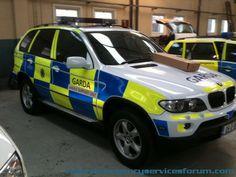 Garda BMW Police Patrol, Police Cars, Rescue Vehicles, Police Vehicles, Emergency Response, Emergency Vehicles, Swat, Sirens, Law Enforcement