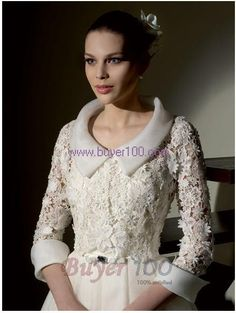 The jacket idea is great for a winter wedding dress. Wedding Suits, Wedding Gowns, Chanel Wedding, Yes To The Dress, Bridal Collection, Chic Outfits, African Fashion, Fashion Dresses, Bride