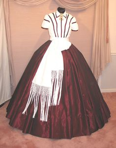 GWTW Christmas Gown   Front view