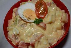 Jednoduchý vajíčkový salát s rajčaty Bon Appetit, Cheeseburger Chowder, Food And Drink, Soup, Eggs, Chicken, Cooking, Breakfast, Ethnic Recipes