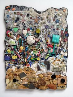 (Above: Two Hours at the Beach , art quilt . It's more than three layer. - (Above: Two Hours at the Beach , art quilt … yup! It's more than three layers … two of whic - Found Object Art, Found Art, Waste Art, Recycled Art Projects, Trash Art, Plastic Art, Vintage Embroidery, Embroidery Thread, Kandinsky