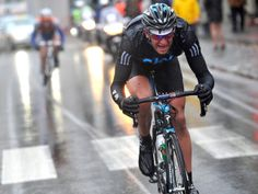 Stannard battling against the elements in 2010