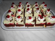 Romanian Food, Romanian Recipes, Cake Flavors, Cakes And More, Cheesecake, Deserts, Good Food, Food And Drink, Pudding