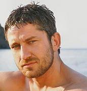 lovely Gerard Butler.. (in swiming truncks!!)