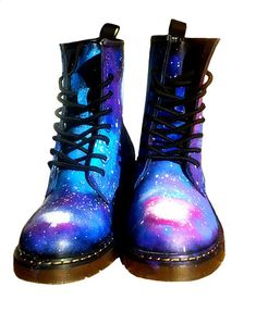 These are some far out RAD Doc Martens!!! I would rock these til they fell apart!! Love!