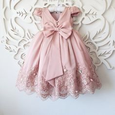 Little girl clothes Baby Girl Party Dresses, Little Dresses, Little Girl Dresses, Baby Girl Dress Patterns, Kids Gown, Kids Frocks, Baby Gown, Toddler Dress, Kind Mode