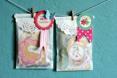** Chic Tags- delightful paper tag **: Baby Shower Invite Idea #3 :)