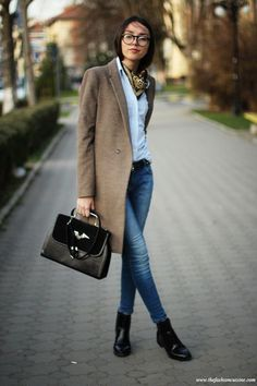 Amazing Casual Outfits It is important for you to Cop This Week. Get inspired with these. casual outfits for teens Mode Outfits, Winter Outfits, Casual Outfits, Dress Winter, Autumn 2018 Outfits, Fashion Outfits, Casual Jeans, Office Outfits, Dress Casual