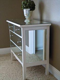 DIY mirrored dresser - I love mirrored furniture Refurbished Furniture, Repurposed Furniture, Furniture Makeover, Painted Furniture, Furniture Projects, Furniture Making, Home Projects, Diy Furniture, Diy Mirrored Furniture
