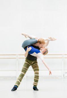 "Steven McRae & Sarah Lamb rehearse Christopher Wheeldon's ""The Winter's Tale"" (photo by Johan Persson)"