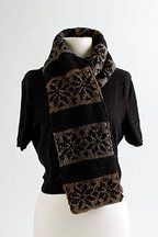 Snowflake Scarf -Free pattern ♥ up to 5000 FREE patterns to knit ♥: http://www.pinterest.com/DUTCHKNITTY/share-the-best-free-patterns-to-knit/