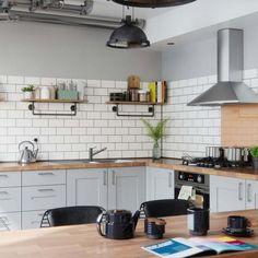 kitchen2 Brick Tiles Kitchen, Brick Tiles Bathroom, Metro Tiles Kitchen, White Brick Tiles, Kitchen Flooring, White Bricks, Kitchen Interior, Kitchen Decor, Kitchen Design