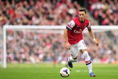 Arsène Wenger excuse Mesut Ozil - http://www.actusports.fr/90574/arsene-wenger-excuse-mesut-ozil/