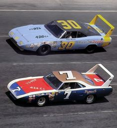 Vintage Race Cars 1969 Dodge Charger Daytona on the top and 1970 Plymouth Road Runner Superbird on the bottom. #dodgechargerclassiccars