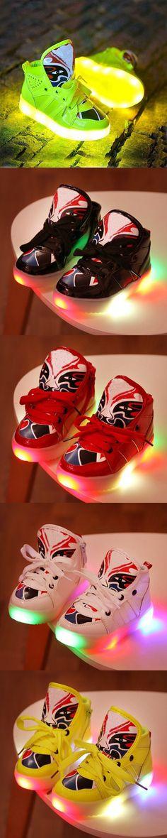 Chaussure Enfant Pu Lace-up Stylish Kids Cartoon Glitters Kids Shoes Boys Girls LED Glowing Night Children Shoes LED Boys G1 $19.5