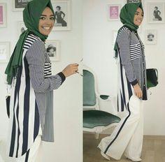 white palazzo pants with hijab- Hulya Aslan hijab fashion looks http://www.justtrendygirls.com/hulya-aslan-hijab-fashion-looks/