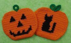 Crochet Pumpkin Pattern, Crochet Potholder Patterns, Halloween Crochet Patterns, Crochet Dishcloths, Crochet Fall, Holiday Crochet, Crochet Home, Crochet Hot Pads, Halloween Pumpkins