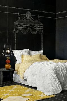 Don't have a fancy bed (or lamp shade)? Why not draw one on your chalkboard wall? Could even do a different colored chalkboard wall! Might be fun for a kids' room! Chalkboard Paint, Chalk Paint, Chalk Wall, Blackboard Wall, Paint Walls, Home Bedroom, Girls Bedroom, Bedroom Decor, Decorating Rooms