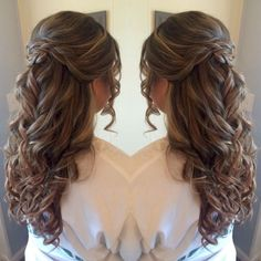 Amazing 56 Trending Prom Hairstyles 2018-2019 for Long / Medium Hair and All Color Hair http://vattire.com/index.php/2018/09/16/56-trending-prom-hairstyles-2018-2019-for-long-medium-hair-and-all-color-hair/