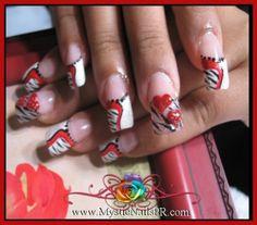 Nail Art per San Valentino: il trionfo del rosso