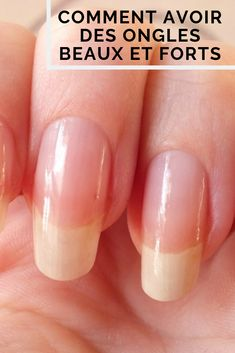 Hérôme: le vernis qui a sauvé mes ongles - Best Pins Live Healthy Beauty, Health And Beauty Tips, Christmas Nail Designs, Christmas Nails, Nail Quotes, Nail Growth, How To Grow Nails, Girl Blog, Nail Polish Colors