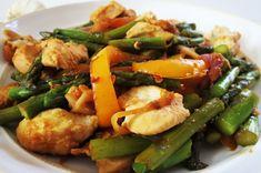 Asparagus, Pepper and Chicken stir fry!