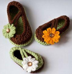Ravelry: Daisy Baby Mary Jane Shoes pattern by Yuliya Tkacheva