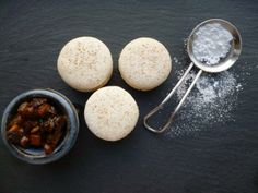 Deliciously Christmassy. Minced Pie Macarons made with homemade mincemeat.