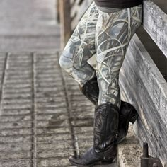 CAMO LEGGINGS - REALTREE MAX4 from CamoGirl