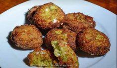 """Κολοκυθοκεφτέδες του """"Σελιανίτη """", μια συνταγή της κυρά Σίας που για μένα θα είναι μακράν η καλύτερη που έχω φάει στη ζωή μου! Τι χρειαζόμαστε: Loading... 4 κολοκύθια μεσαίου μεγέθους 4 αυγά ( σπιτικά αν είναι δυνατόν) 400 γρ. τυρί φέτα 80 γρ. περίπου ρεγκάτο τριμμένο 1 κρεμμύδι τριμμένο δυόσμο ψιλοκομμένο αλάτι λίγο πιπέρι 100 …"""