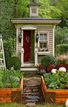 Garden Decor: Over-the-top Garden Shed | A Gardener's Notebook with Douglas E. Welch
