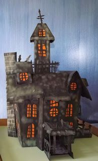 Oh So Many Crafts: Haunted House from Cricut Happy Hauntings Cartridge