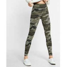 Express High Waisted Camouflage Print Legging ($40) ❤ liked on Polyvore featuring pants, leggings, multi, camo print leggings, elastic waist pants, wide-leg pants, camo leggings and high-waisted leggings