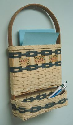 Notepad & Pen Basket Pattern - by Wagner http://catalog.countryseat.com/notepadandpenbasketpattern-bywagner.aspx