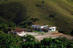 Galeria de Casa Dom Viçoso / Brasil Arquitetura - 19