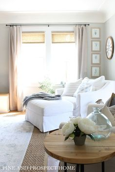 Farmhouse Tour Friday - Loving this farmhouse style living space with natural accents! Living Room Chairs, Living Room Furniture, Modern Furniture, Furniture Design, Kura Bed, Rooms For Rent, Up House, Slipcovers For Chairs, Slipcover Chair